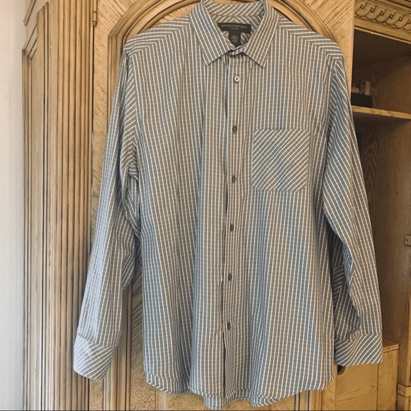 Banana Republic Other - Banana Republic Men's button down dress shirt